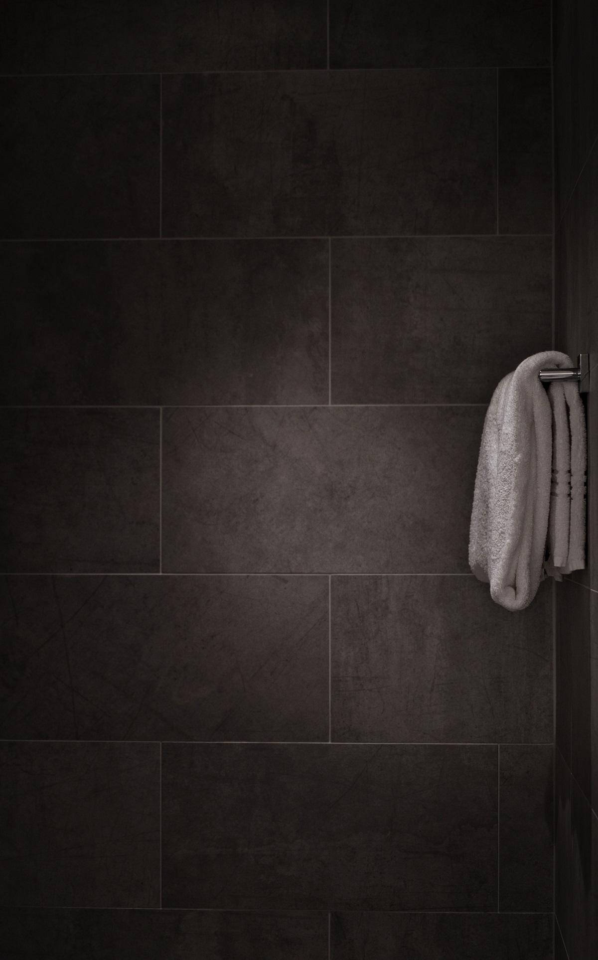 Defining new online and offline customer journeys for premium bathroom retailer
